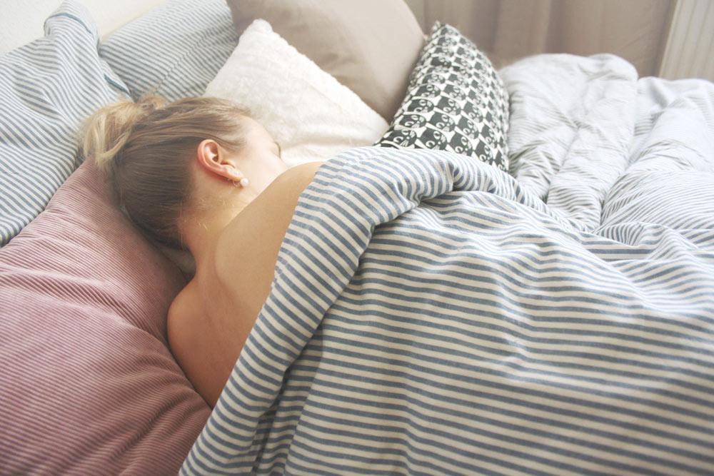 schlaf-tipps-besser-schlafen-eve-sleep-fitness-lifestyle-blog-turnschuhverliebt_4