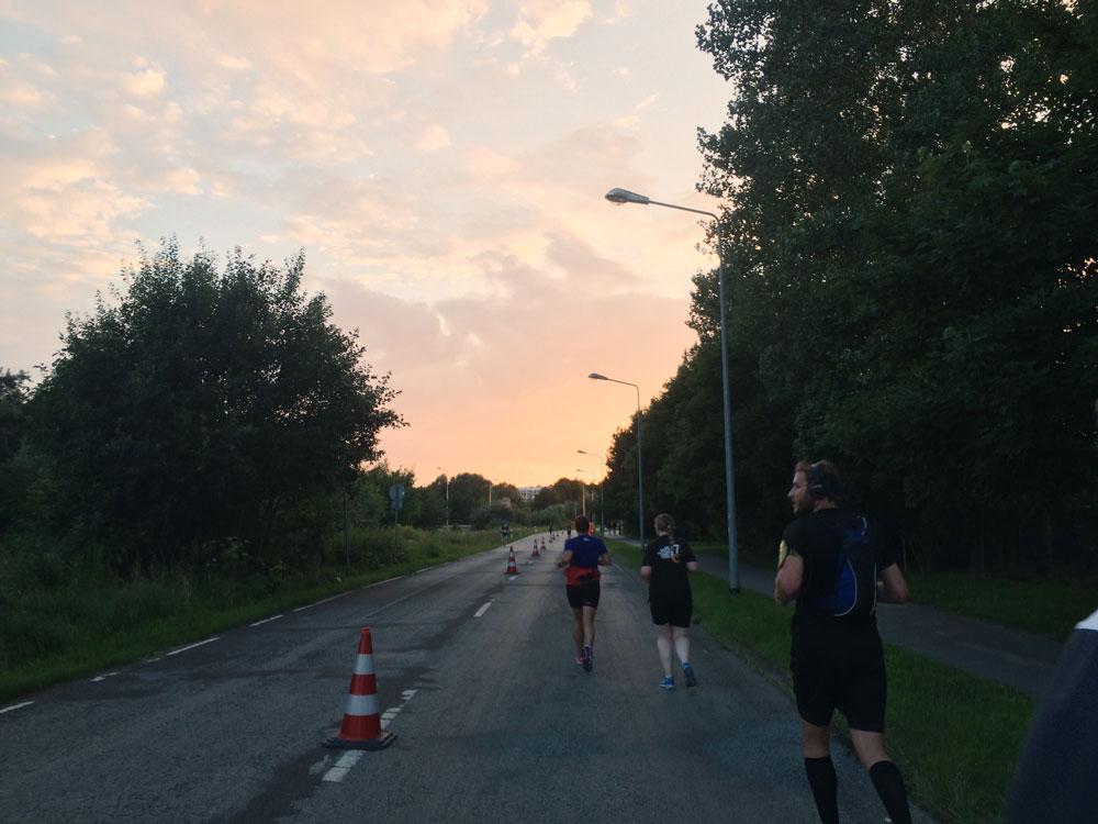 hella-marathon-nacht-rostock-fitness-blogger-turnschuhverliebt-fitnessblog_5