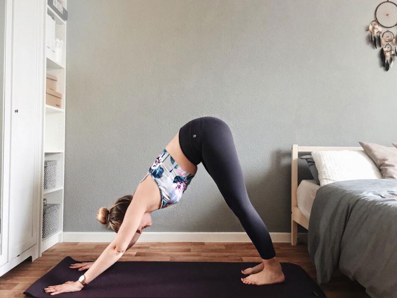 yogamatte-reinigungsspray-diy-yogamattenspray-selber-machen_1