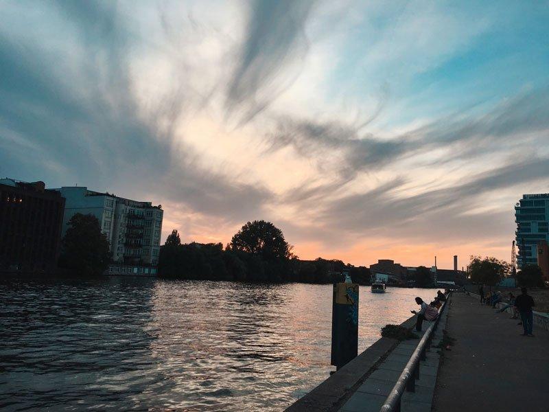 holiday-inn-berlin-city-eastside-running-routes-laufstrecke-spree